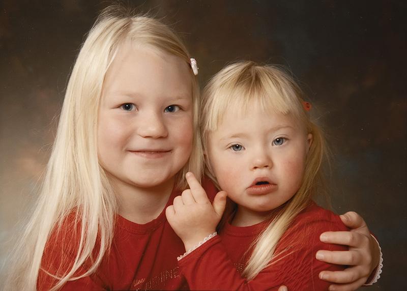 Lapsuuskuva sisaruksista