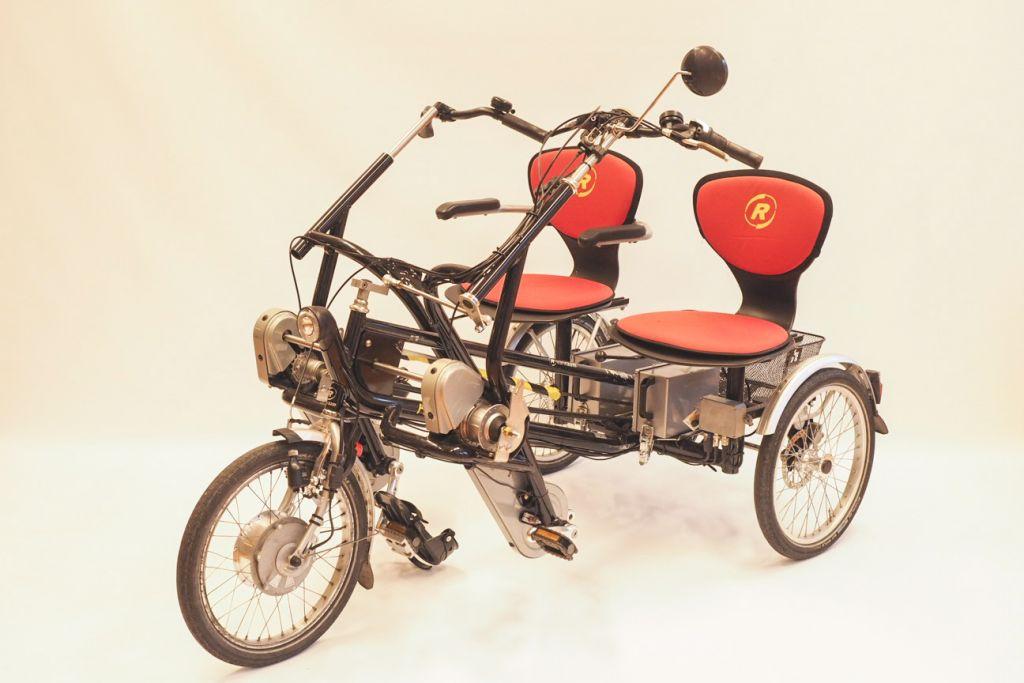 Rinnakkain poljettava pyörä Van Raam Fun2Go
