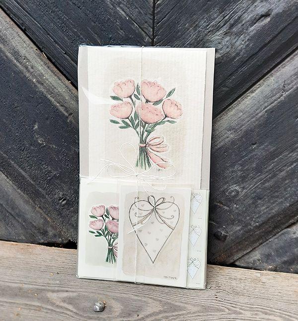 Kaunis pionikimppu kortissa
